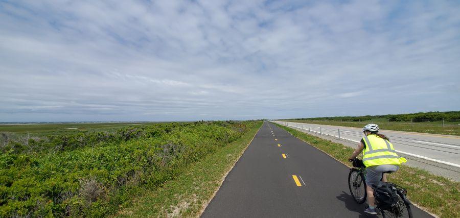 Jones Beach bike path