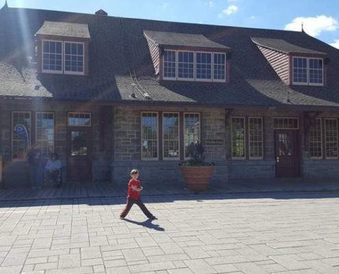 Saint Jerome station